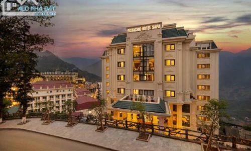 Bán Khách sạn 2 mặt tiền Phố Tây của Sapa 600m, 9 Tầng, mt 10m, 70 phòng. Sân để xe 150m